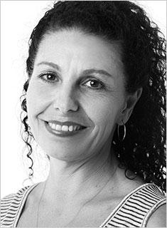 Ariane Murray, teacher at Amanda Bollinger Dance Academy - www.vaganova.com.au - Photo by Stephan Bollinger - www.stephanbollinger.com - All rights reserved.